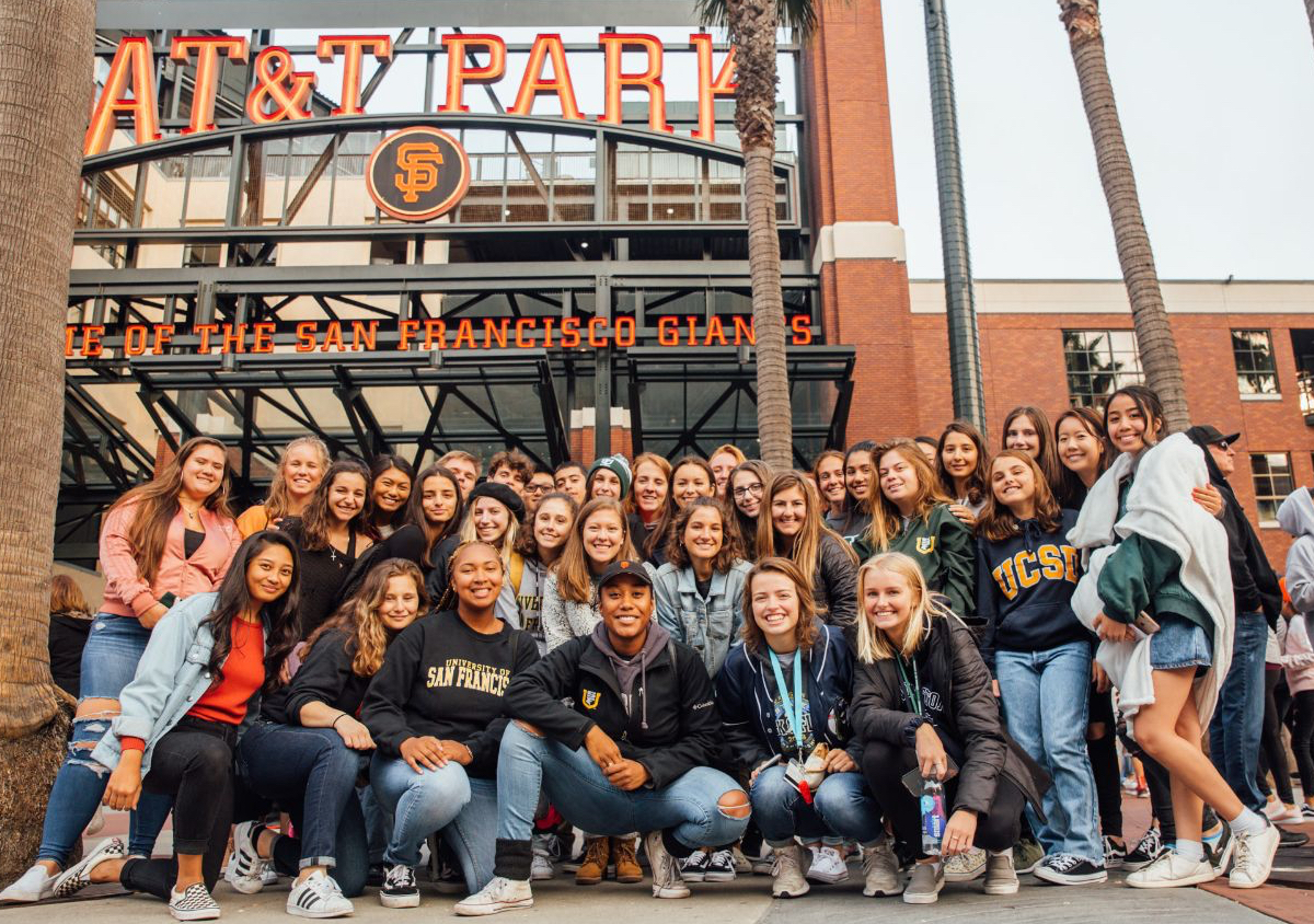 students at giants oracle park